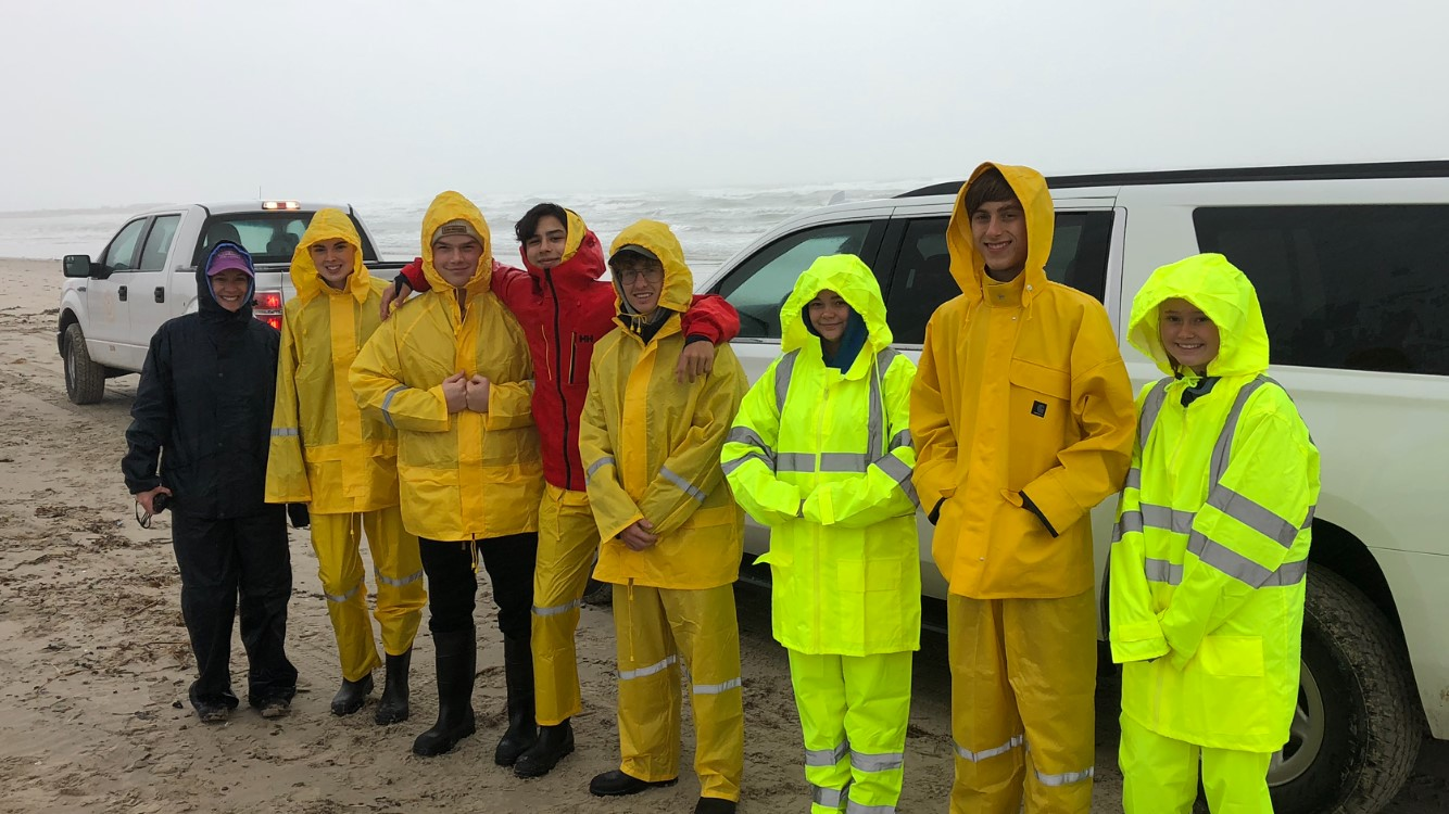 Students participating in a past field trip as part of the Texas High School Coastal Monitoring Program.