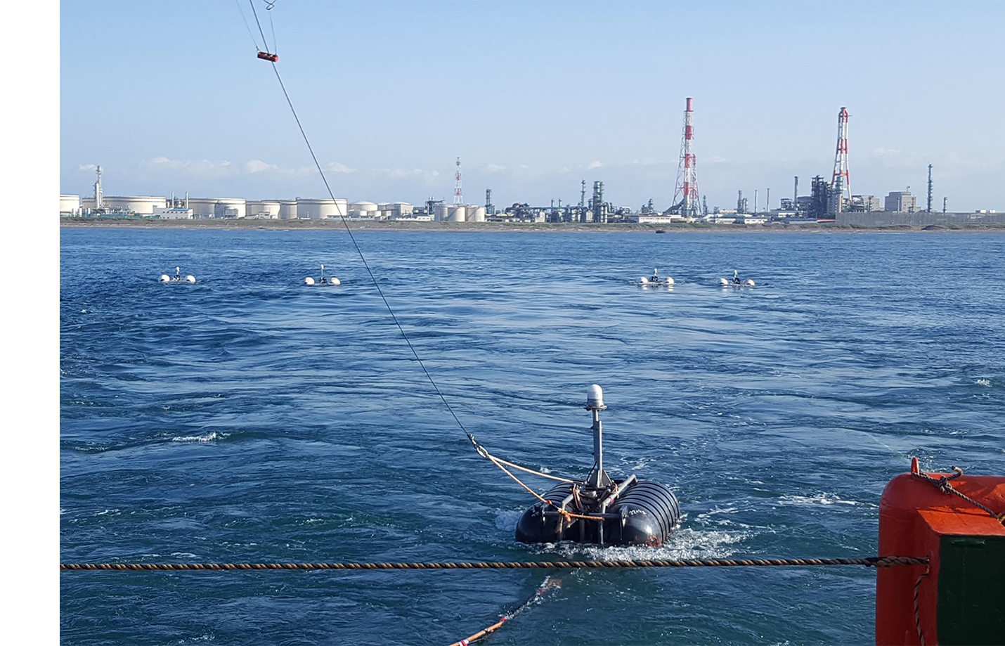 Deployment of the UHR3D system behind a vessel near Tomakomai