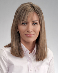 Roxana Darvari
