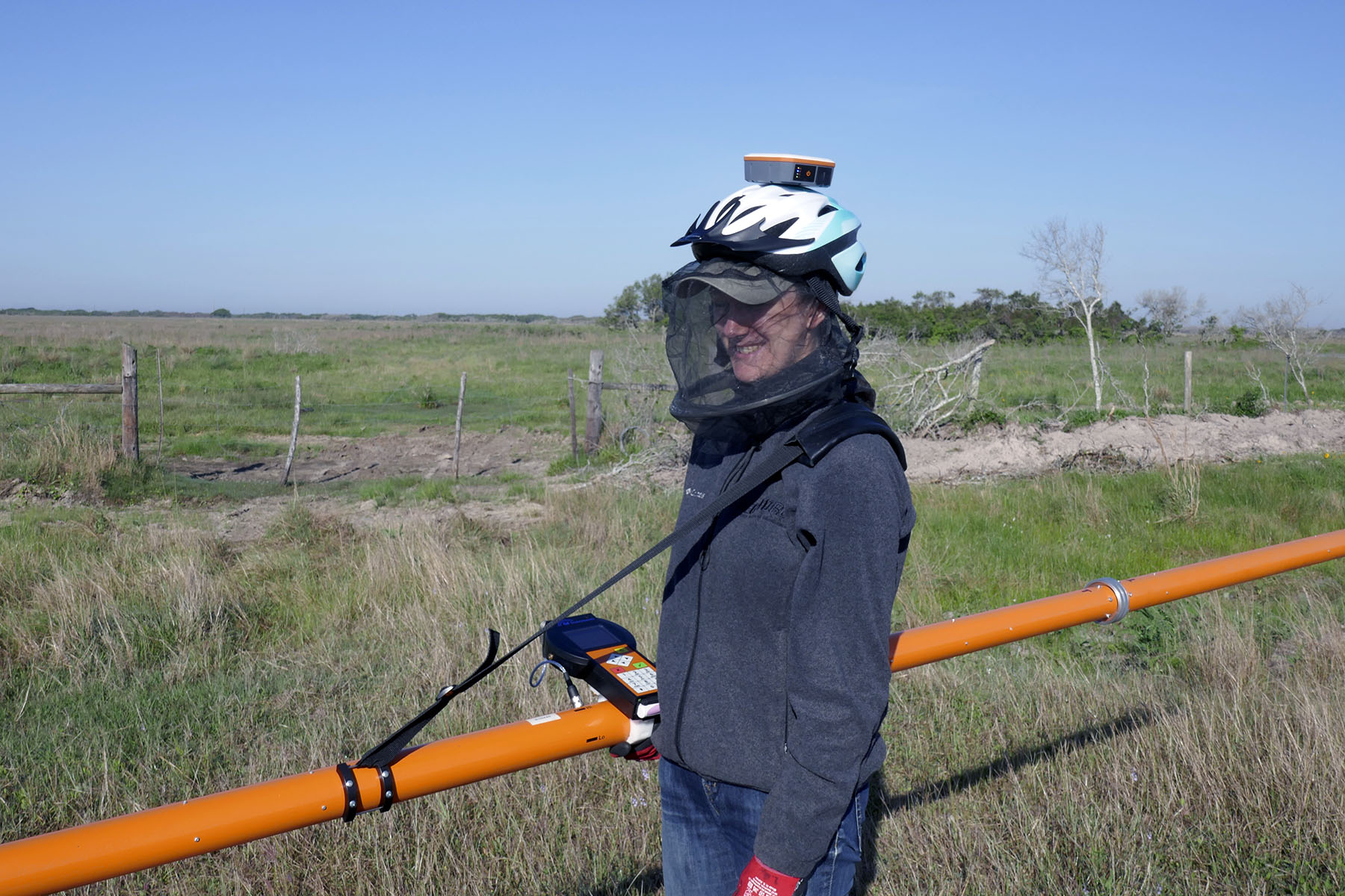 CMD Explorer with data logger and helmet-mounted GPS receiver