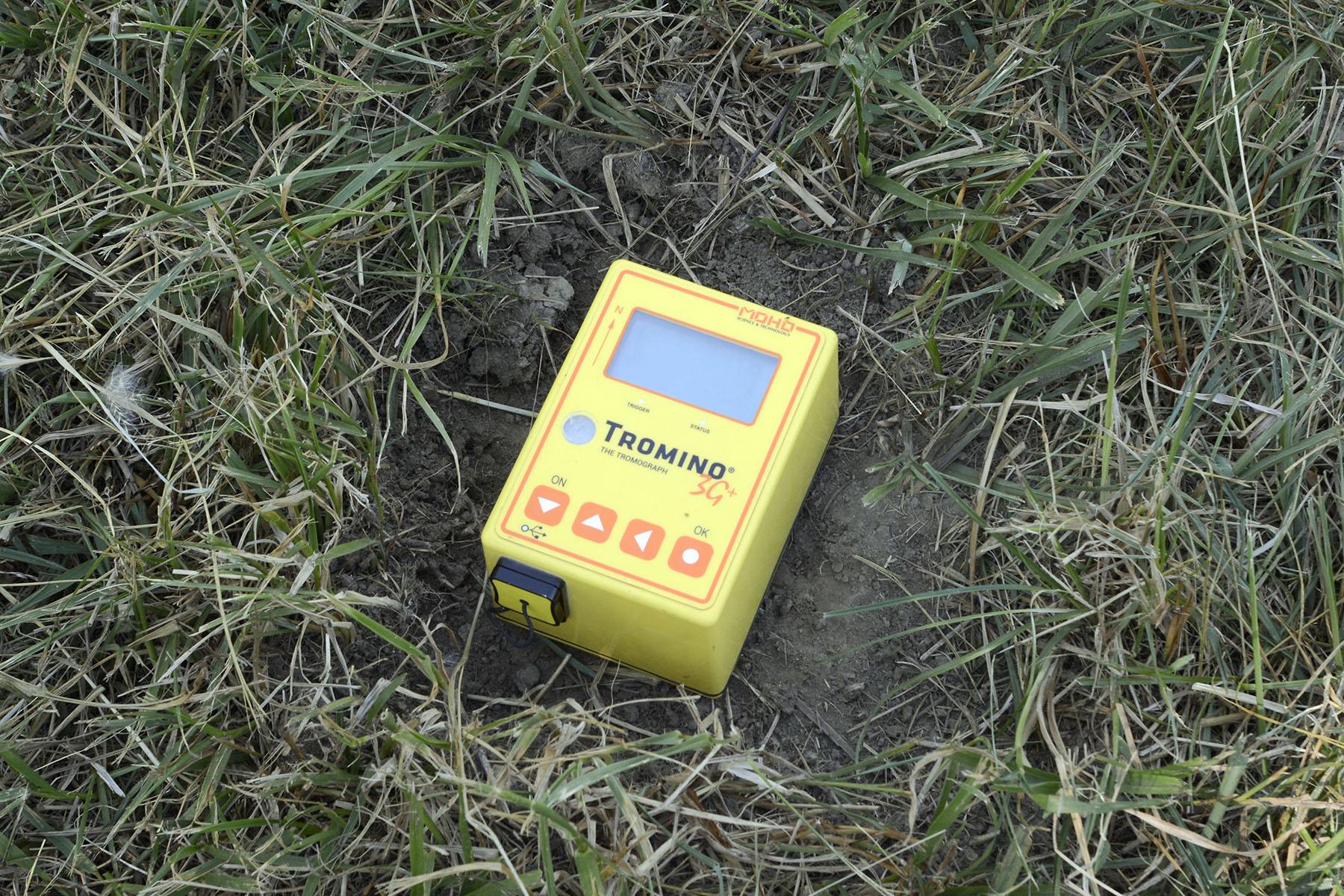 Tromino 3G passive seismic instrument